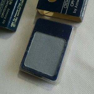 Other - Discontinued (Lot of 3) Amway Artistry Eye Shadow